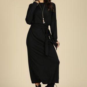Dresses & Skirts - NWT Black long sleeve tie waist maxi dress XXL